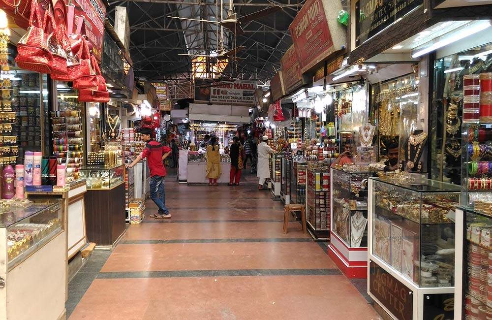 Top shopping market in Lucknow – Best Places to Shop in the City of Lucknow